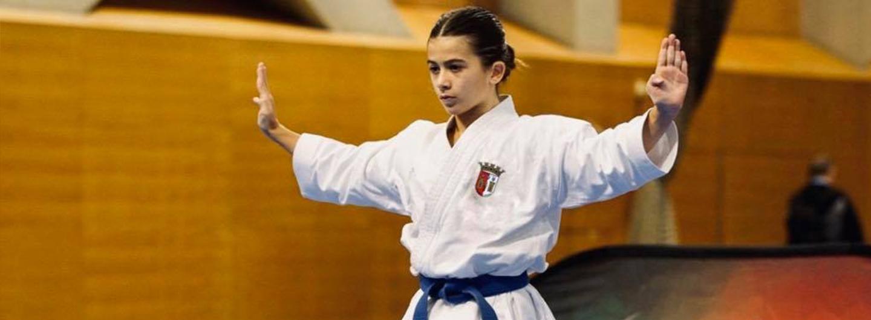 Emma Barros de prata na Karaté 1 Youth League
