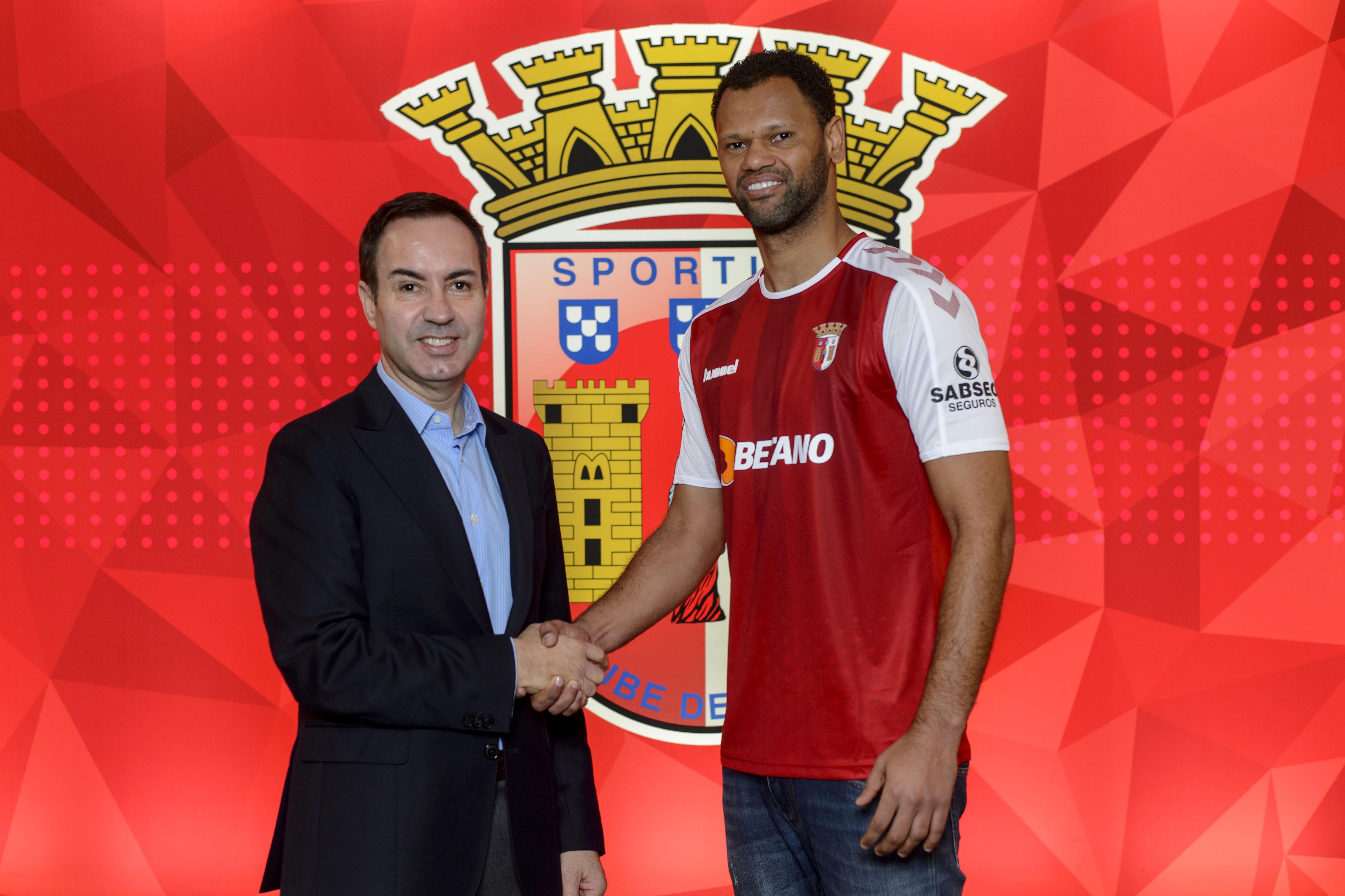 Rolando assina até 2022 3
