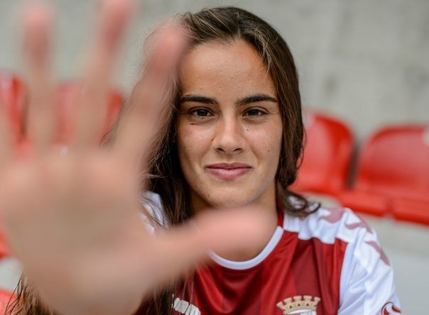 Diana Gomes 24