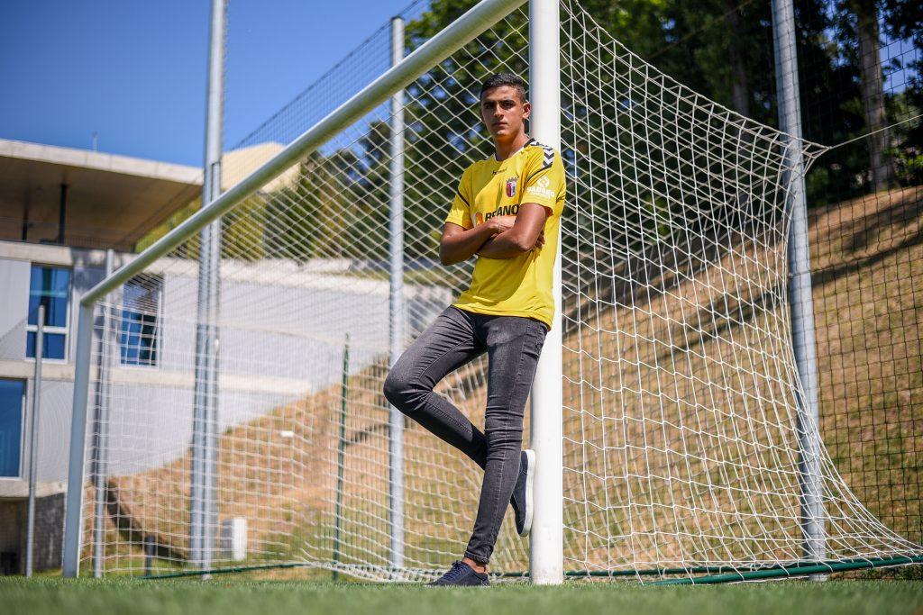 Bernardo Fontes reforça os Sub-19 4