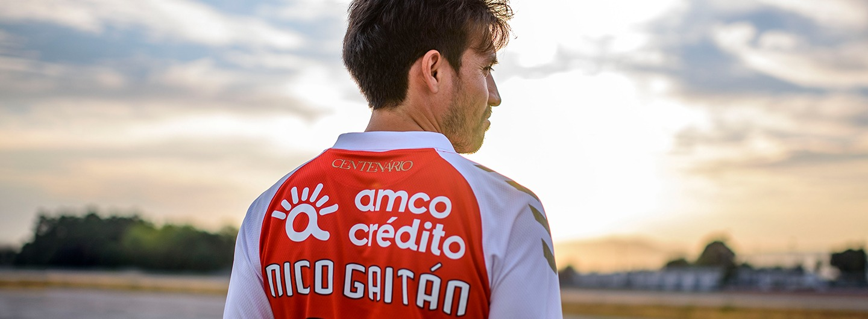 Camisolas do Nico Gaitán nas Lojas do SC Braga 1