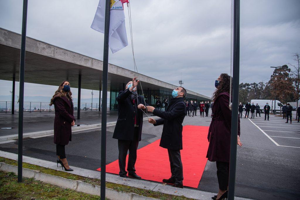 Hastear da bandeira dá início às comemorações do Centenário