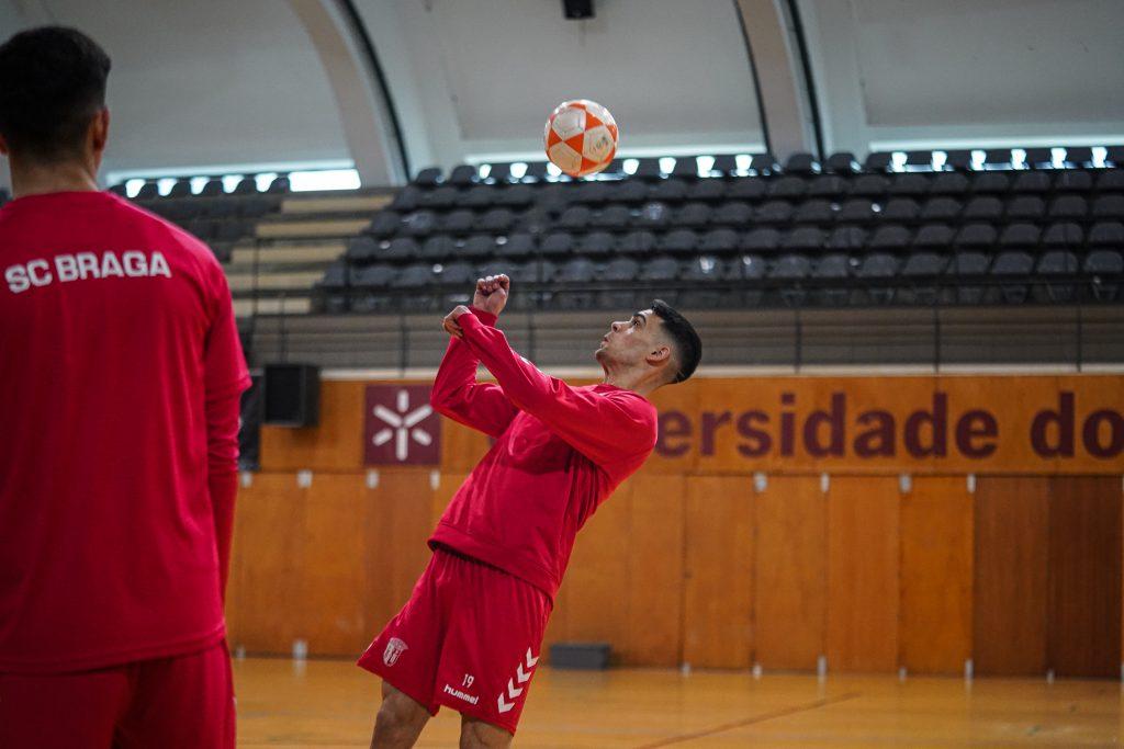 """Bruno Guimarães: """"É importantíssimo voltar às vitórias"""""""