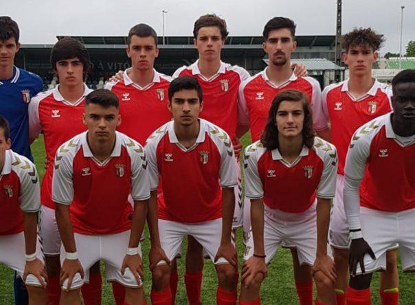 Sub-17 empatam com o Rio Ave FC