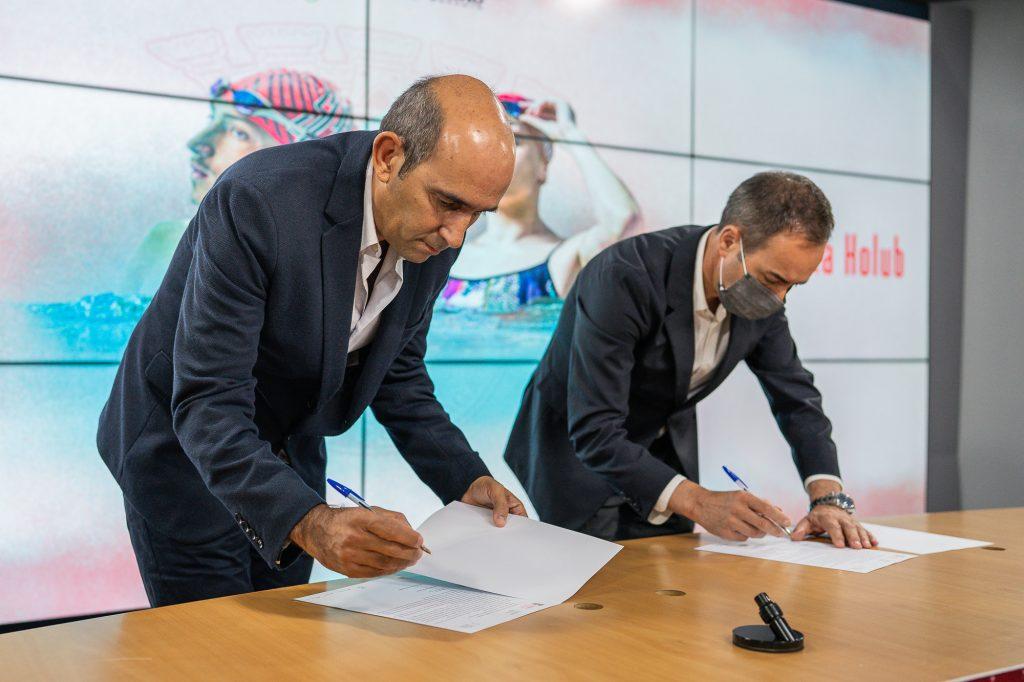 José Paulo Lopes e Tamila Holub renovam até 2024 5