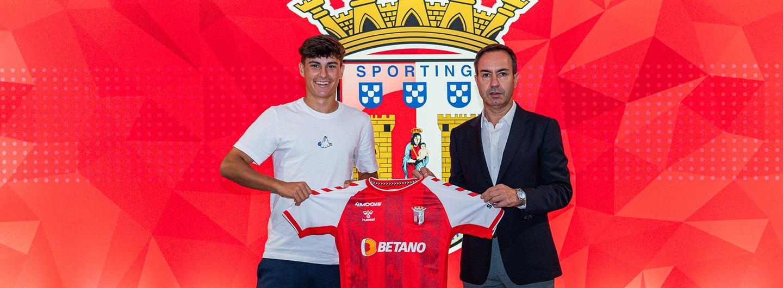 Rodrigo Gomes renova até 2026 1