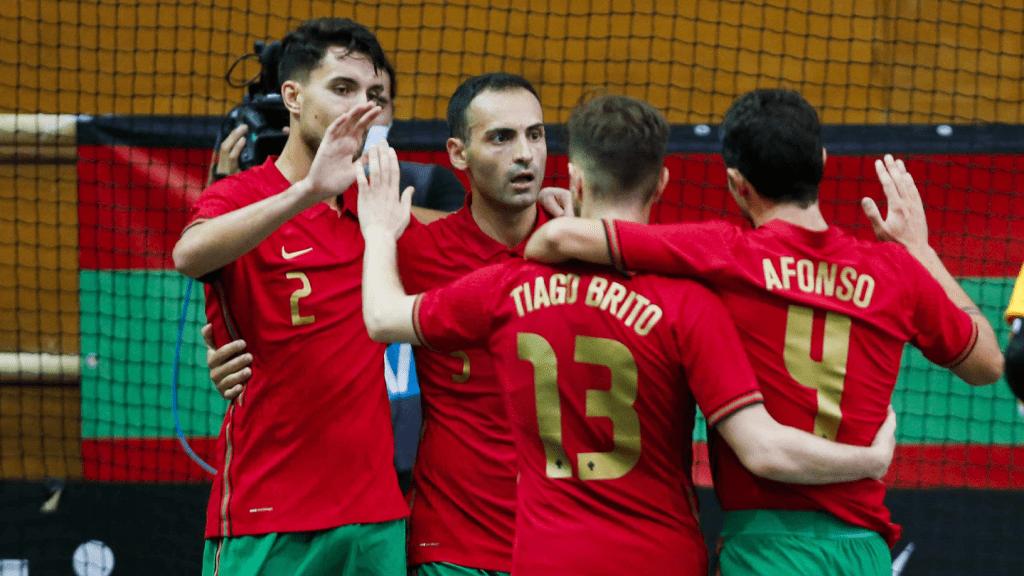 Fábio Cecílio marca pela Seleção Nacional de Futsal 2
