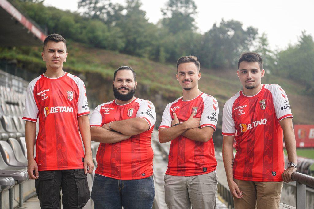 Equipa de eSports com caras novas para a próxima época 4