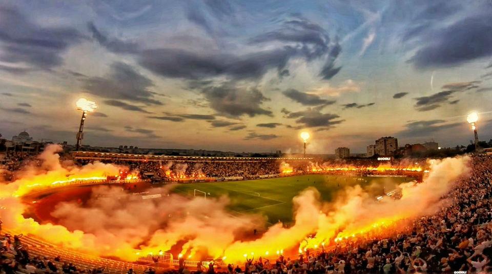 Adversário à Lupa | FK Crvena Zvezda 1